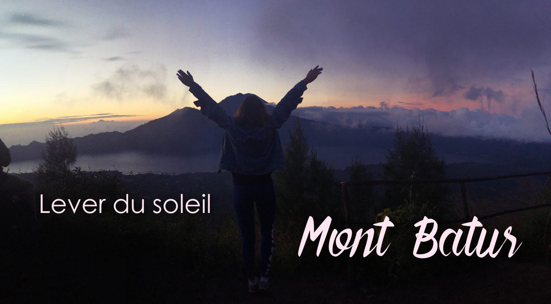 Lever de soleil depuis le mont Batur